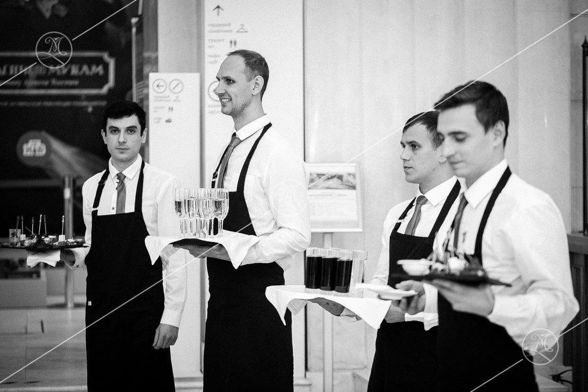 В час работы официанта стоимость нижнего новгорода часов ломбарды